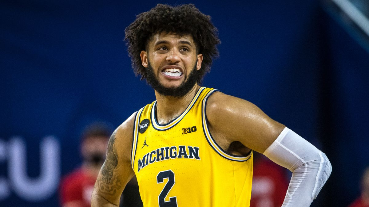 Iowa vs. Michigan College Basketball Odds, Picks & Predictions: Back Another Big Wolverines Win (Thursday, Feb. 25) article feature image