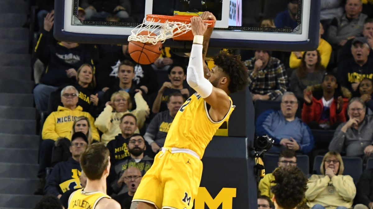 Michigan Promos: Bet $20 on the Wolverines on Spartans, Win $125 if They Score a Slam Dunk, More! article feature image