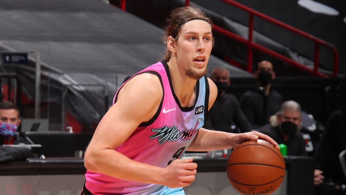 Wednesday NBA Player Prop Bets, Picks: How to Bet Kelly Olynyk vs. Warriors (Feb. 17) article feature image