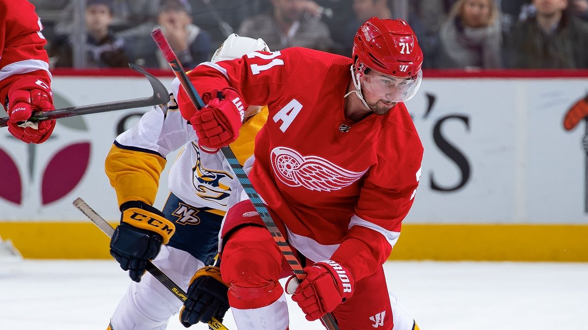 Red Wings vs. Predators Odds & Pick: How Sharps Are Betting Thursday's NHL Matchup article feature image