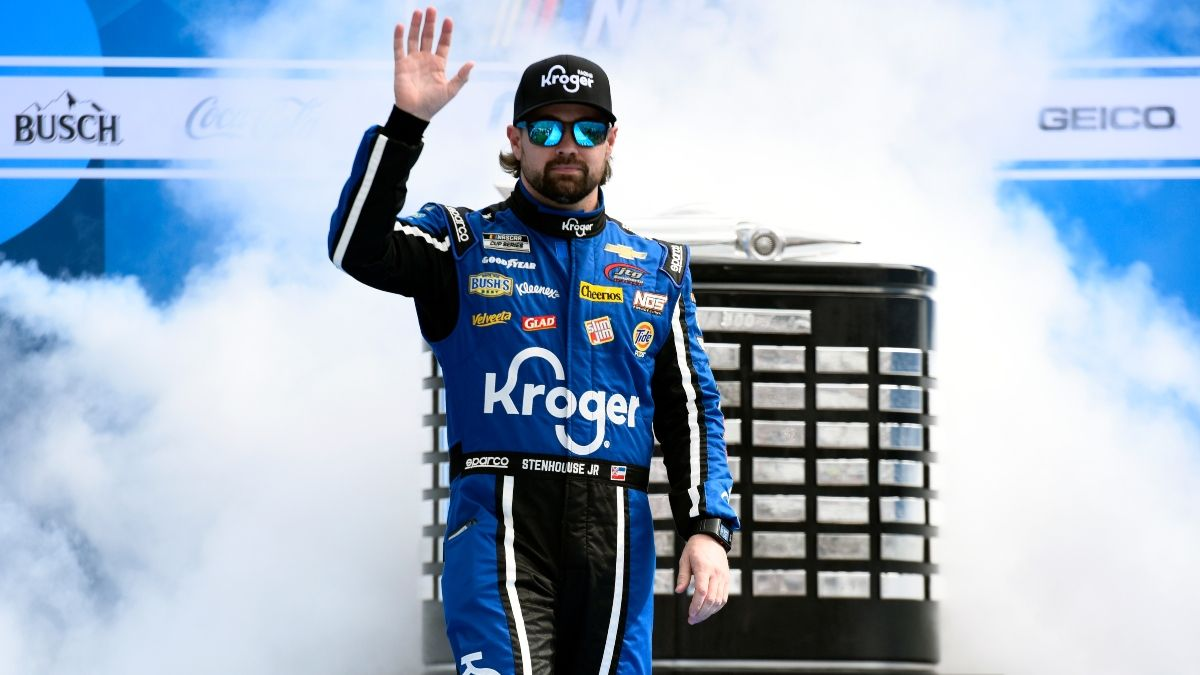 Daytona 500 NASCAR Fantasy Live Picks & Strategy: How to Use Betting Odds for the Great American Race article feature image