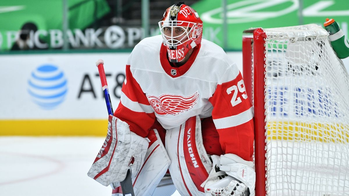 NHL Odds & Pick for Blackhawks vs. Red Wings: Grab Detroit as Home Underdogs (Monday, Feb. 15) article feature image