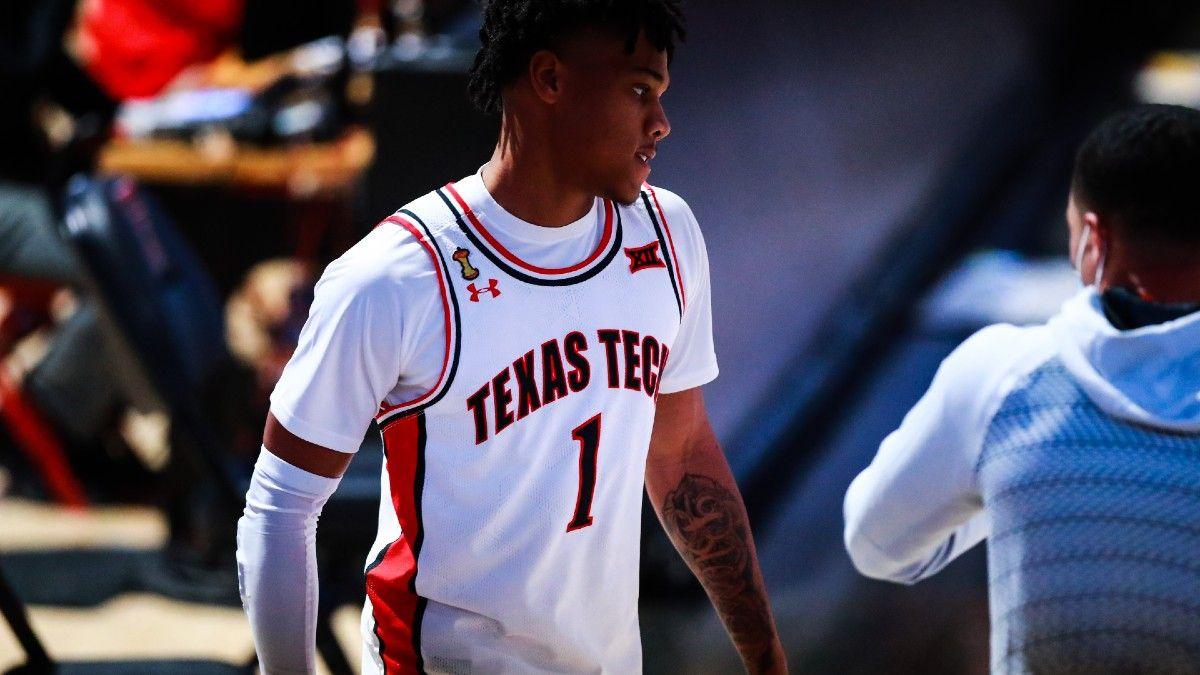 College Basketball Best Bets: Our Picks for Texas Tech vs. Oklahoma & Prairie View A&M vs. Alabama State (Monday, Feb. 1) article feature image