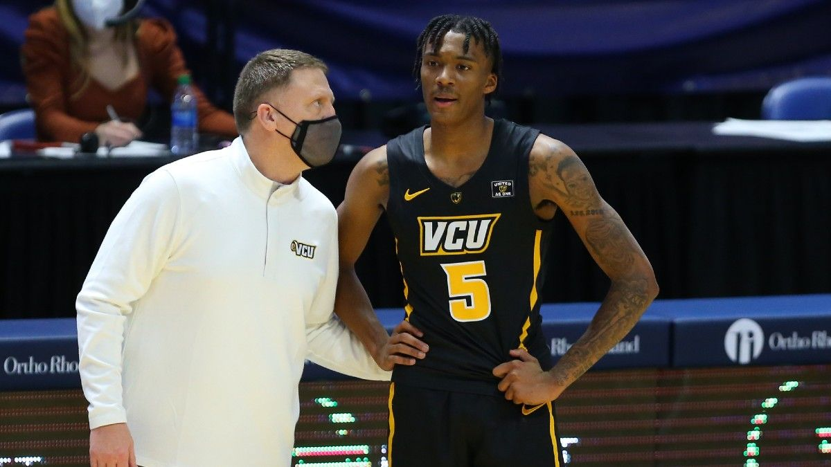 Odds & Pick for St. Bonaventure vs. VCU College Basketball: Betting Value on Friday's Over/Under article feature image