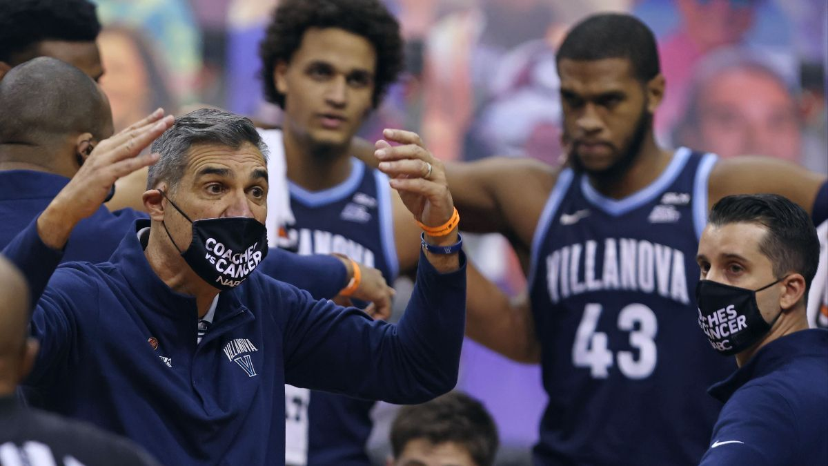 College Basketball National Title Contenders: Villanova's Defensive Woes Raise Glaring Red Flag article feature image