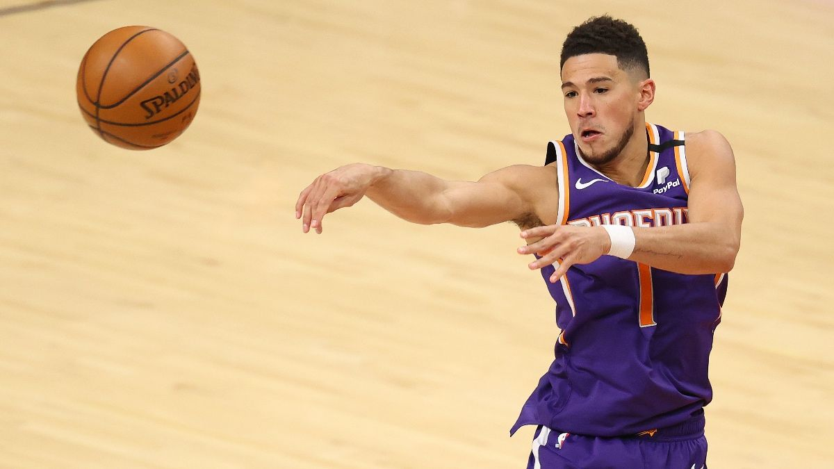 Lakers vs. Suns Odds & Picks: Can Lakers Hang With Suns Without LeBron? article feature image
