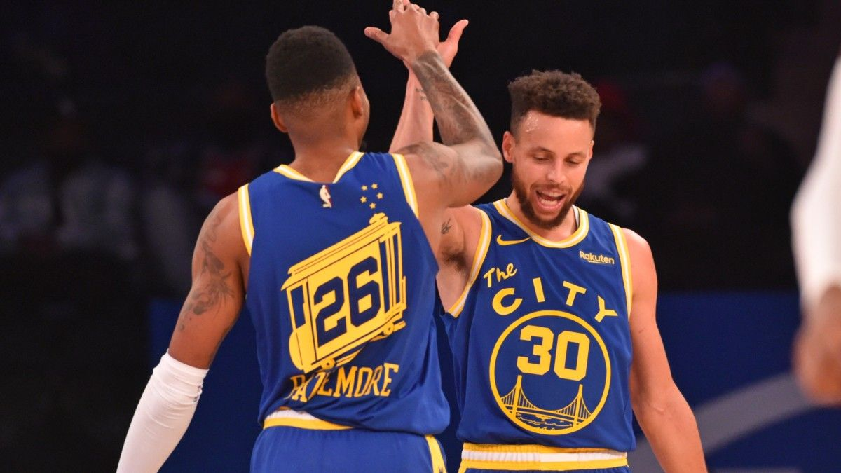 Warriors vs. Suns NBA Odds & Picks: Expect Tired Legs Before All-Star Break (March 4) article feature image