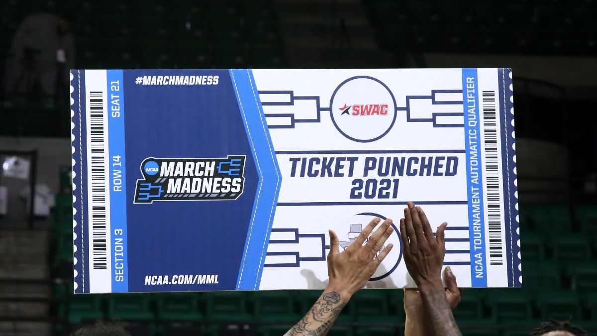 NCAA Tournament Calcutta Pool Rules, Setup & Sheet to Track Your Own Auction article feature image