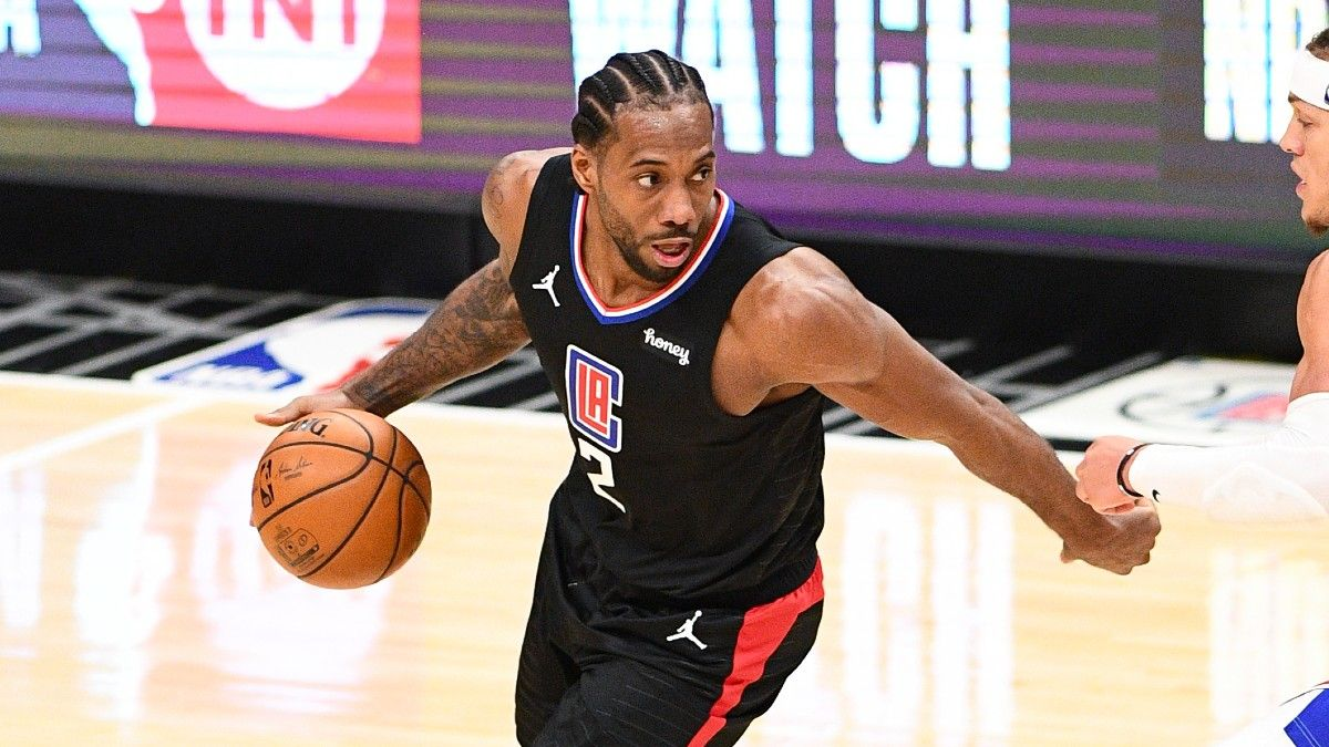 Lakers vs. Clippers NBA Odds & Picks: Expect Low-Scoring Game in Battle of Los Angeles Teams (April 4) article feature image