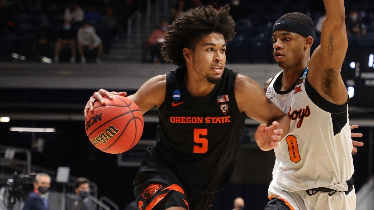 Oregon State vs. Houston Odds & Pick For Monday's Elite 8 NCAA Tournament Showdown article feature image