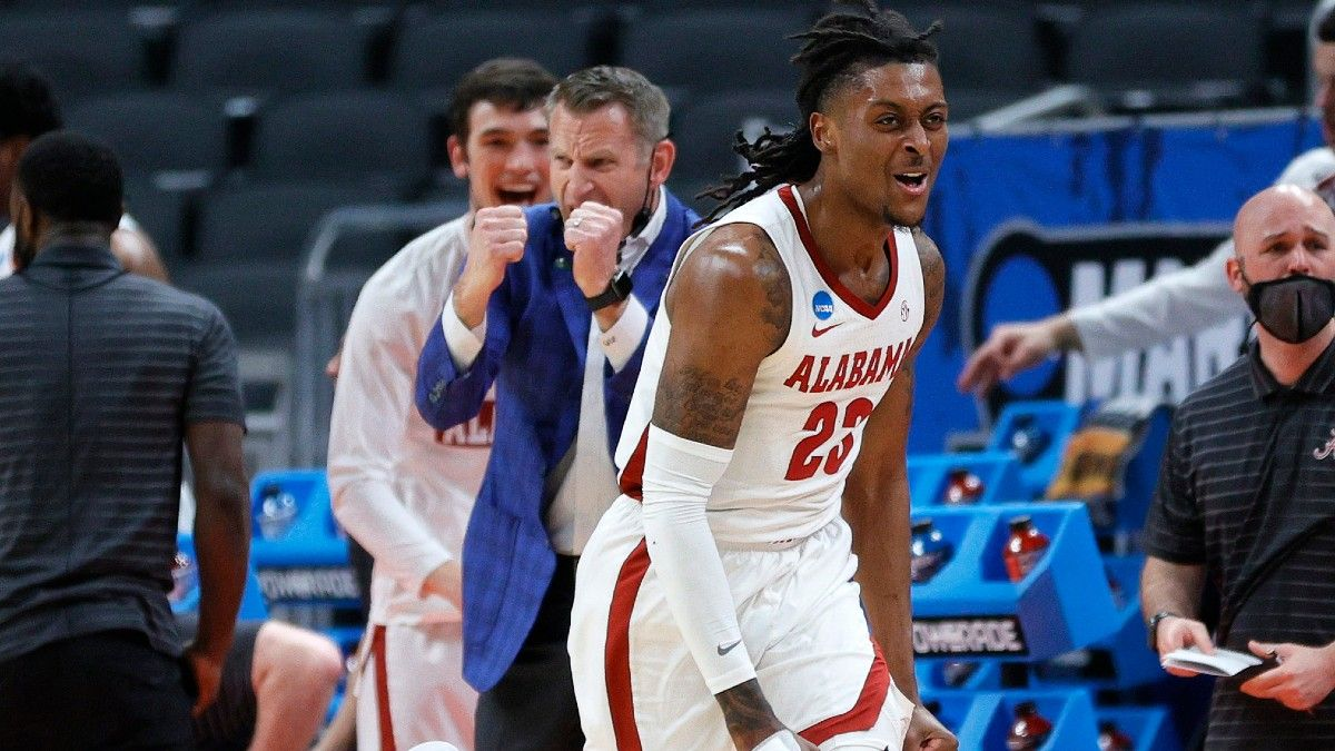 NCAA Tournament Picks & Predictions: The Action Network & Three Man Weave's Best Bets for Sweet 16 article feature image