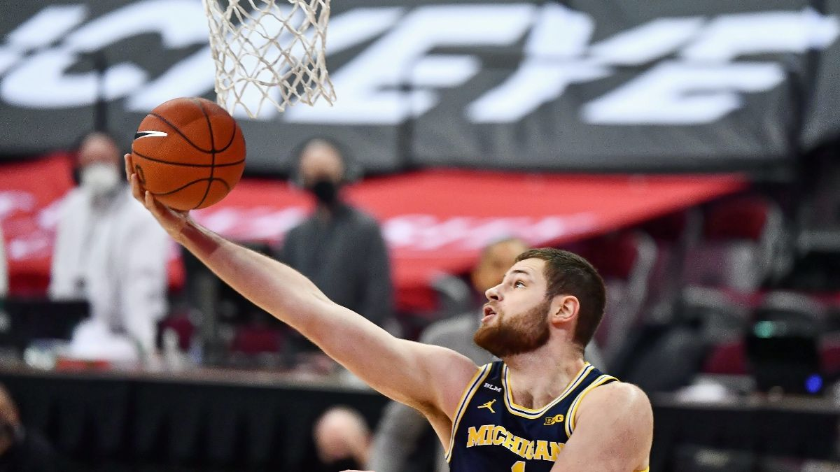 Sunday College Basketball Odds & Pick for Michigan vs. Michigan State: Back Wolverines To Cover Against Spartans (March 7) article feature image