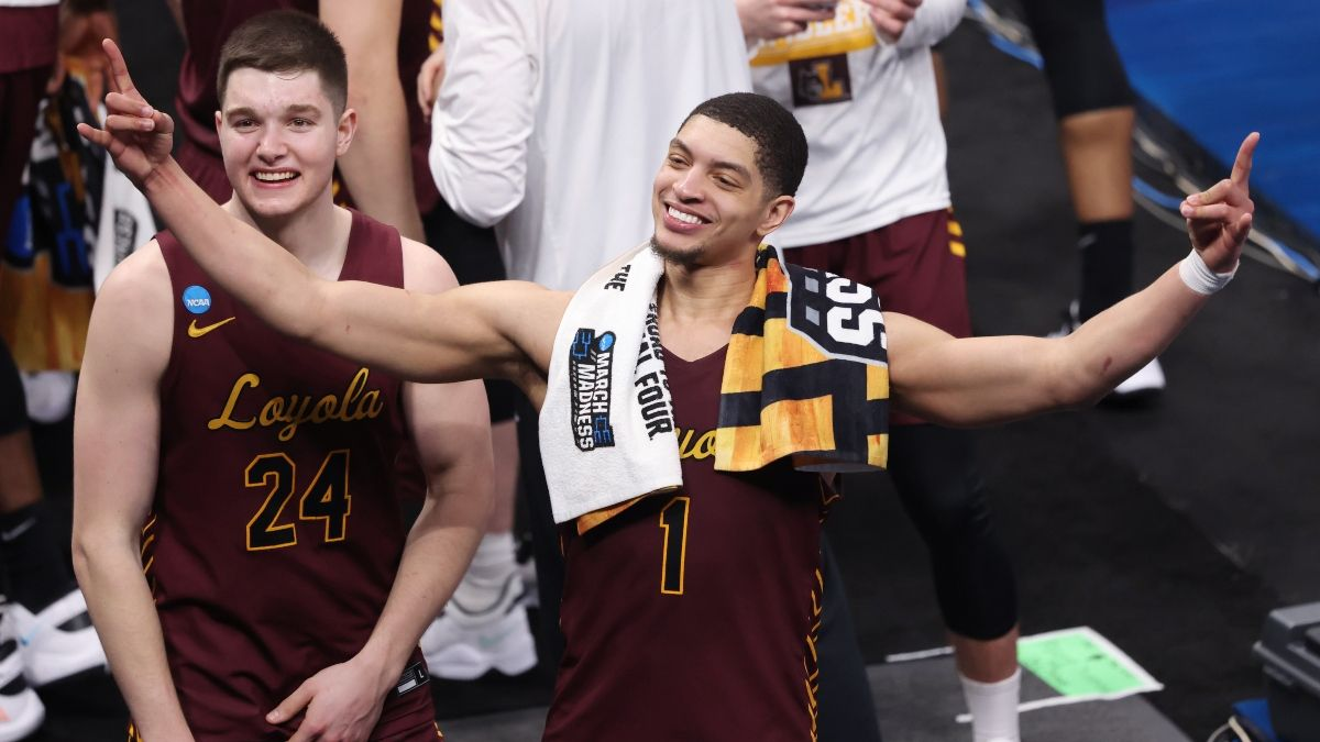 2021 NCAA Tournament Odds, Picks, Sharp Betting: Oregon State vs. Loyola-Chicago Total on the Move article feature image