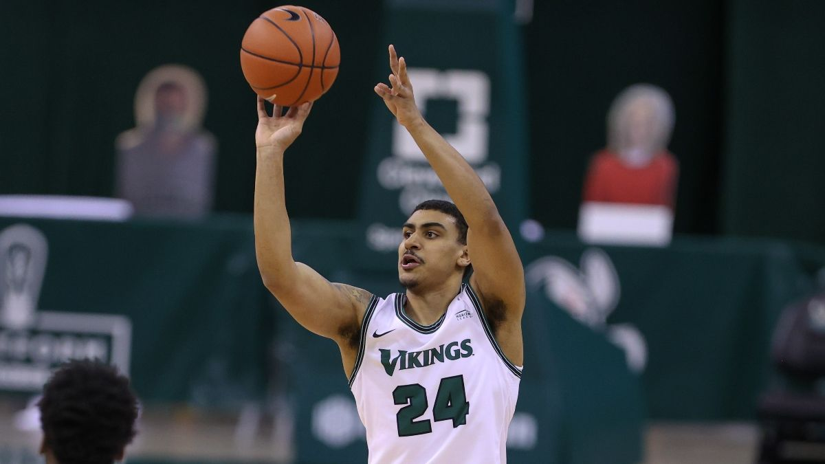 Houston vs. Cleveland State Odds For NCAA Tournament First Round article feature image