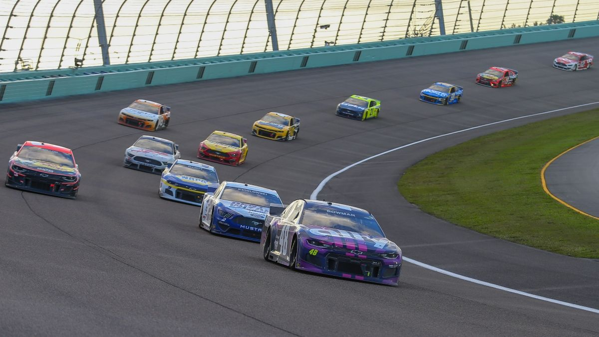 NASCAR at Las Vegas Odds, Picks & Predictions: The 22-1 Driver To Bet for Sunday's Pennzoil 400 article feature image