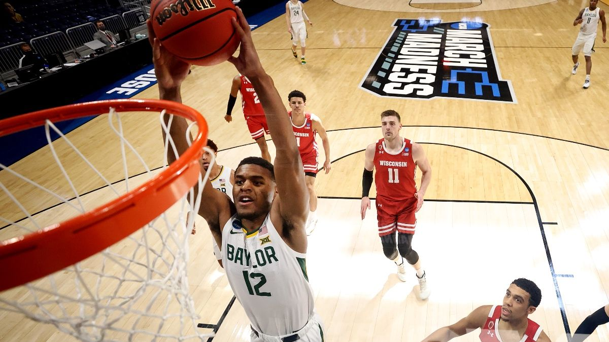 Elite Eight Promo: Bet $20, Win $100 Cash if Baylor or Arkansas Makes a Slam Dunk! article feature image