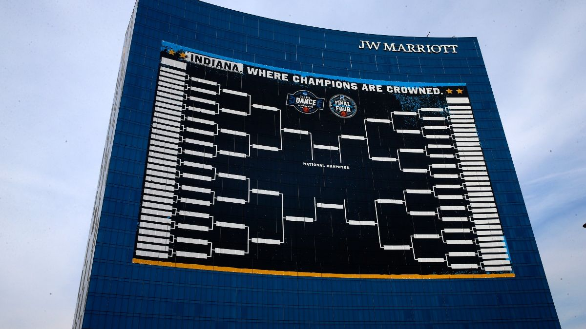 2021 NCAA Tournament Bracket Picks & Model Predictions: Using Data to Win Your Pool article feature image