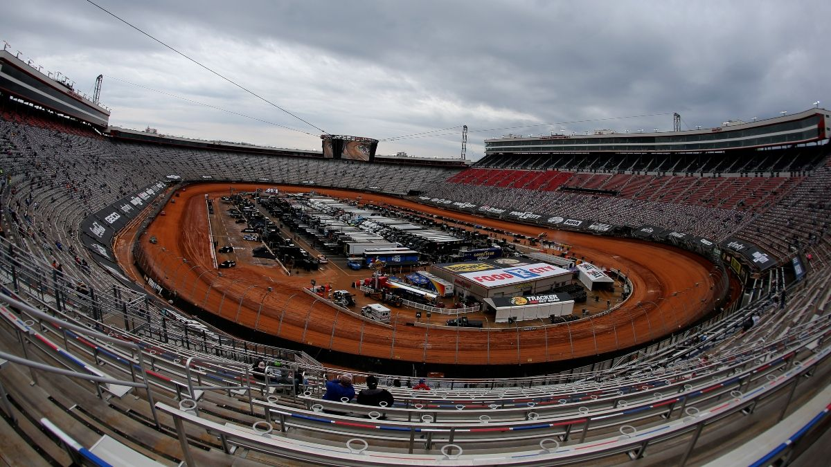 NASCAR at Bristol Weather Forecast, Start Time & TV Channel for Food City Dirt Race article feature image
