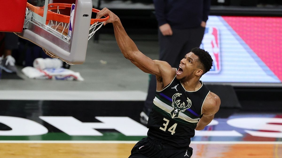 Nuggets vs. Bucks NBA Odds & Picks: Ride Streaking Milwaukee in Superstar Matchup article feature image