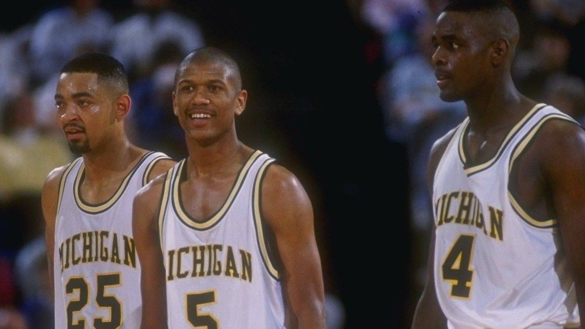 """The Michigan Basketball Battle Between Jalen Rose and Chris Webber Over """"Fab Five"""" article feature image"""