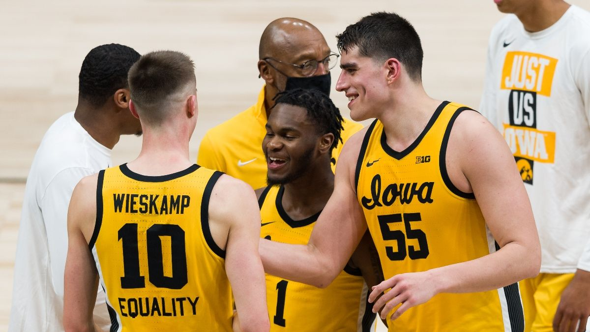 Iowa Hawkeyes March Madness Promos: Bet $20, Win $300 on the Iowa Moneyline, More! article feature image
