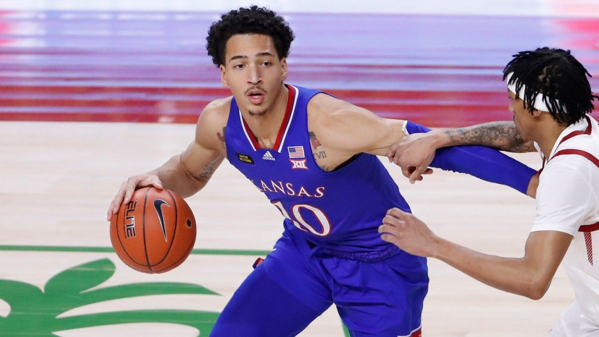 2021 NCAA Tournament News: Kansas in Trouble Without Jalen Wilson article feature image