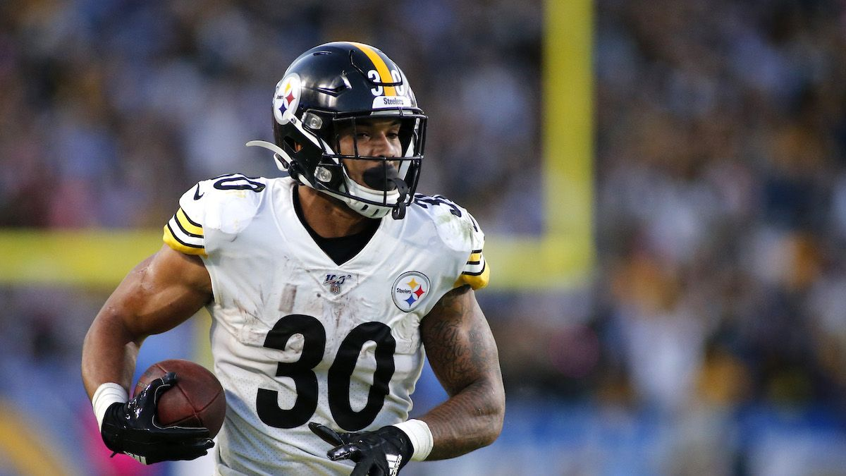 James Conner To Cardinals Downgrades Chase Edmonds' Fantasy Stock article feature image