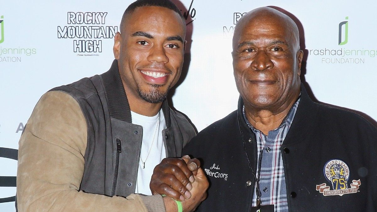 """The Football Story of """"Coming 2 America"""" Star John Amos article feature image"""