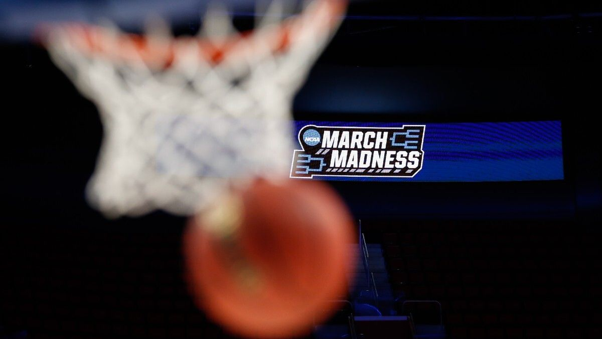 NCAA Tournament 2021 Bracket Picks & Predictions: Betting Analysis For Every First-Round Game article feature image