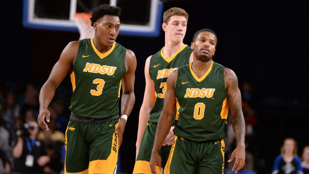 College Basketball Best Bets: Top Picks for Monday's Horizon, WCC, Colonial, & Summit League Tournament Games (March 8) article feature image