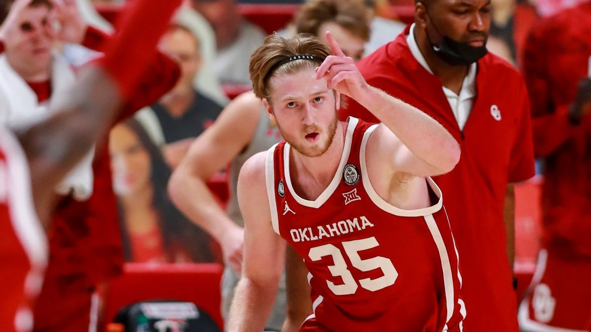 Oklahoma vs. Missouri Odds & Pick: Bet the Sooners Moneyline in NCAA Tournament article feature image