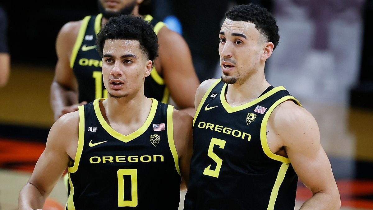 Pac 12 Tournament Odds & Picks: Oregon Our Overwhelming Favorite Bet To Win Conference article feature image