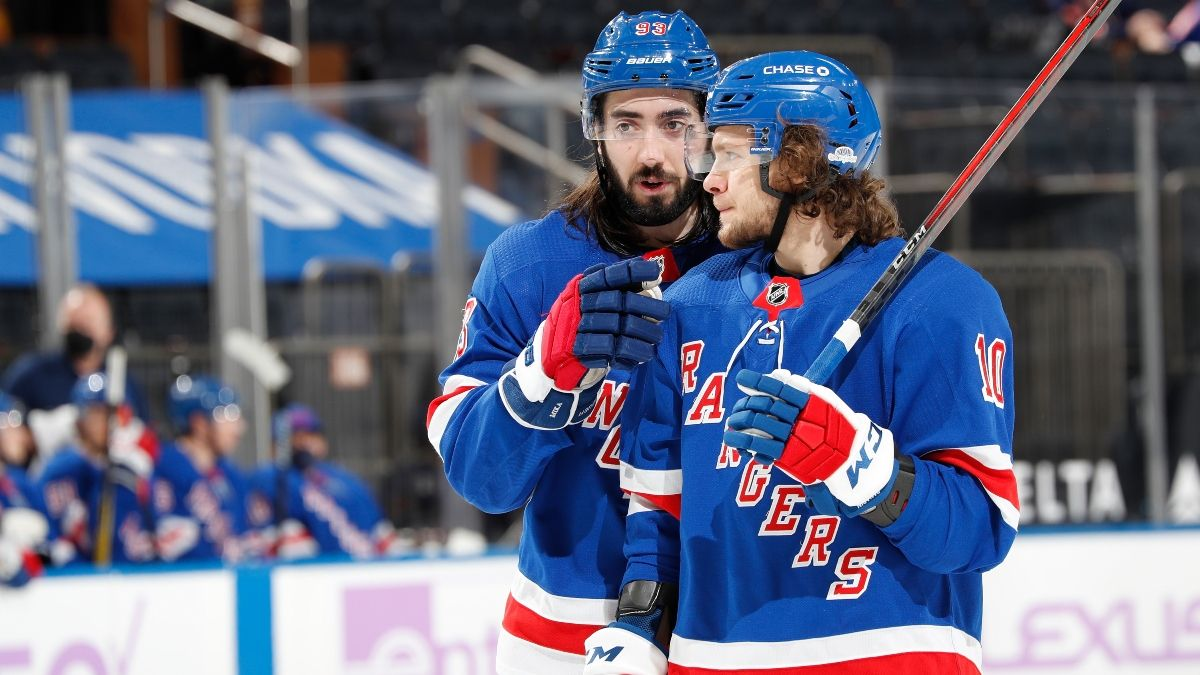 Flyers vs. Rangers NHL Odds & Pick: Back New York To Down Philly on Home Ice (Wednesday, March 17) article feature image