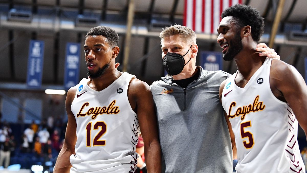 Oregon State vs. Loyola Chicago Sweet 16 Odds, Pick, Preview: Betting Value on Beavers In NCAA Tournament article feature image