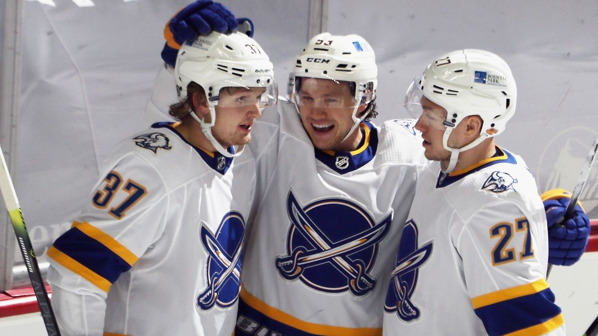 NHL Odds & Pick For Flyers at Sabres: Will Historic Losing Streak End Monday? article feature image