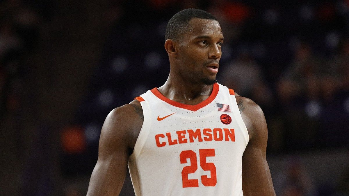 Clemson vs. Rutgers Betting Odds: Spread, Analysis & Pick For 2021 NCAA Tournament First Round article feature image