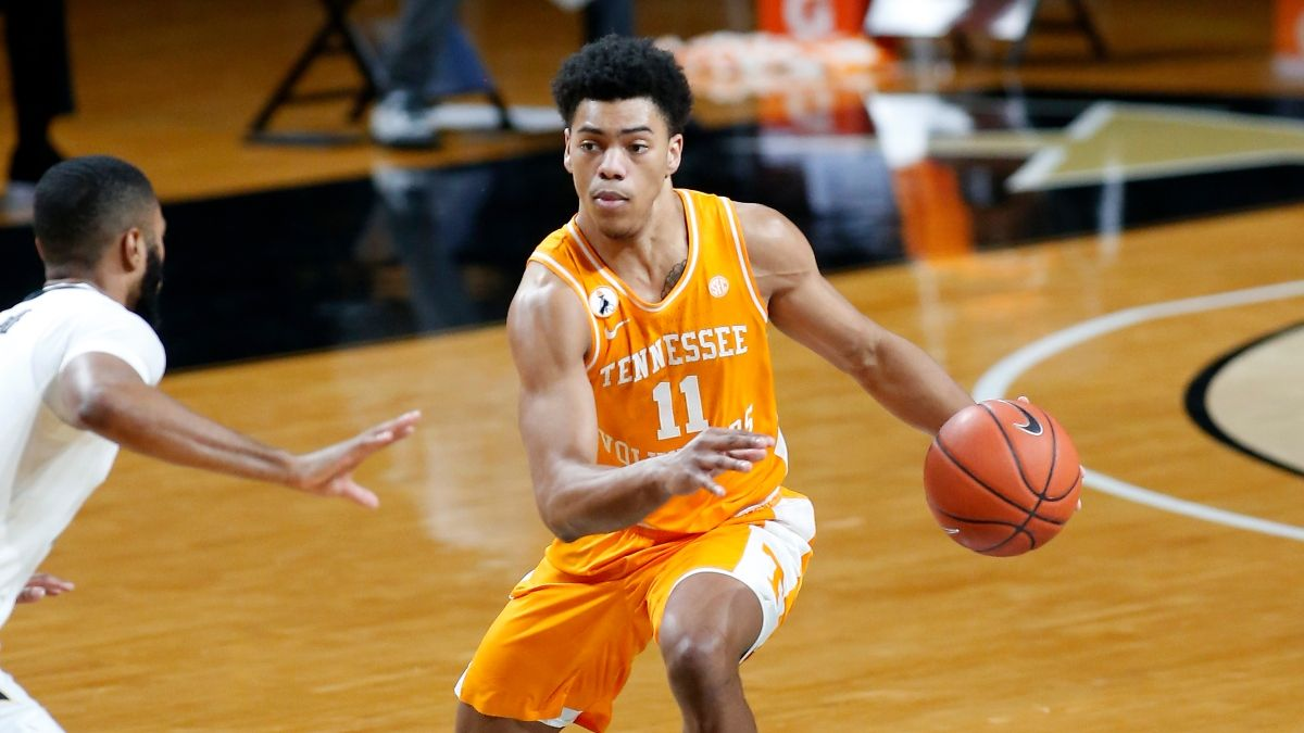 2021 NCAA Tournament Odds: Tennessee vs. Oregon State Spread, Prediction article feature image