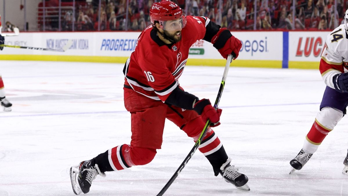 NHL Odds & Pick for Predators vs. Hurricanes: Back Carolina To Win in Regulation (Thursday, March 11) article feature image