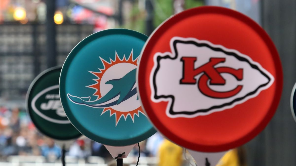 2021 NFL Draft Odds & Second Round Betting Picks For Chiefs & Bengals article feature image