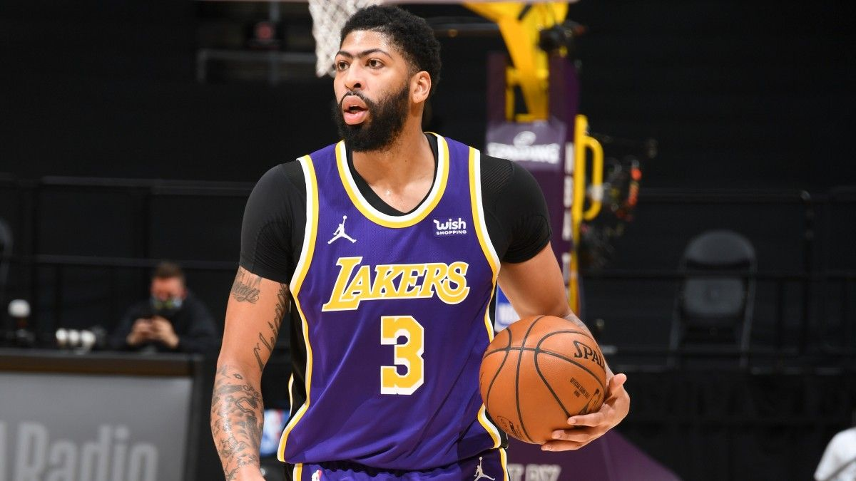 NBA Odds, Pick & Betting Preview for Lakers vs. Mavericks: L.A. Has Value In Anthony Davis' Return (April 22) article feature image