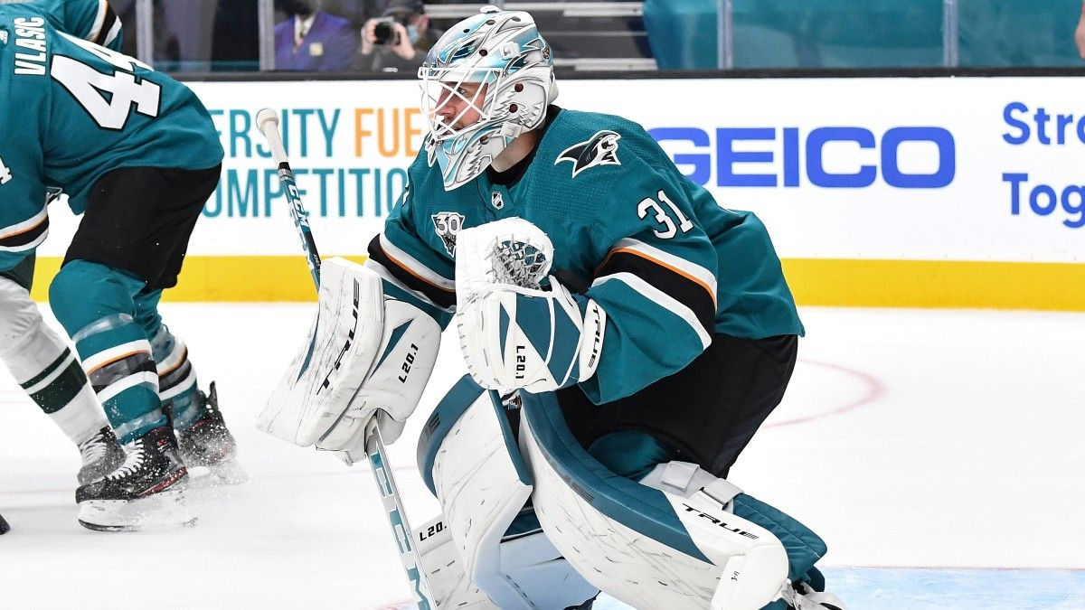 Friday NHL Betting Odds & Pick for San Jose Sharks vs. Los Angeles Kings: Value With San Jose if Martin Jones Starts (April 2) article feature image