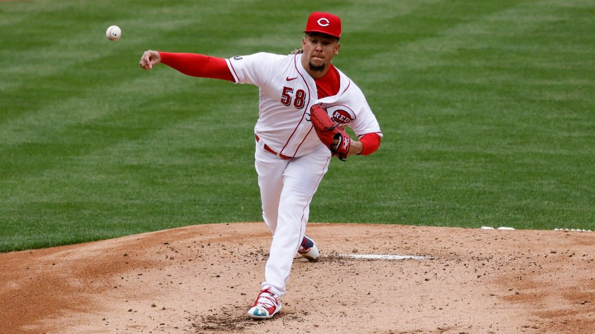 Saturday MLB Player Prop Bets & Picks: Fading Castillo, Turnbull (May 1) article feature image