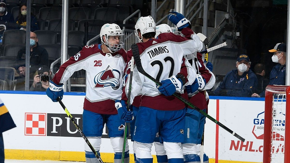 NHL Odds & Pick for Avalanche vs. Blues: St. Louis' Desperation Won't Be Enough (April 22) article feature image