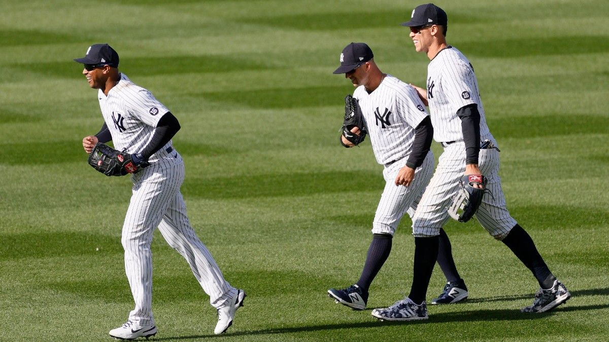 MLB Odds & Picks for Blue Jays vs. Yankees: Back Both Offenses to Wake Up (Sunday, April 4) article feature image