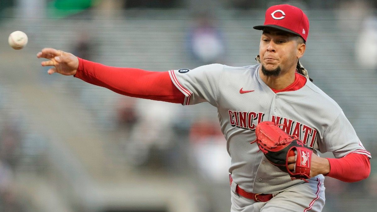 Tuesday MLB Player Prop Bets & Picks: Fade Sean Manaea's & Luis Castillo's Strikeout Totals (April 20) article feature image