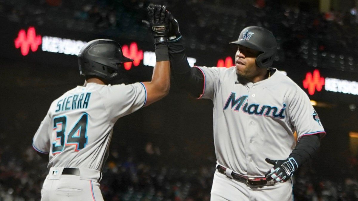Sunday MLB Odds, Picks for Marlins vs. Giants: Value on Miami Away from Home (April 25) article feature image