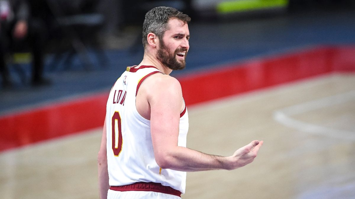 NBA Player Prop Bets, Picks: Wednesday's Three Top Selections, Including Kevin Love & Kevon Looney (April 21) article feature image