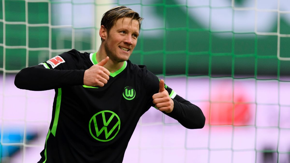 Wolfsburg vs. Bayern Munich Odds & Pick: How to Bet Saturday's Bundesliga Battle (April 17) article feature image