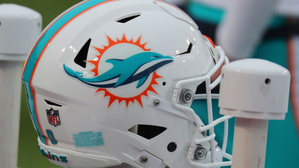 Dolphins Draft Picks, Team Needs & First Round Betting Odds article feature image