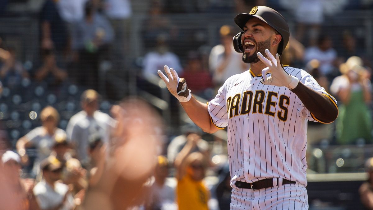 Friday MLB Betting Odds & Picks for Diamondbacks vs. Padres: Expect San Diego To Tee off Against Merrill Kelly (April 2) article feature image